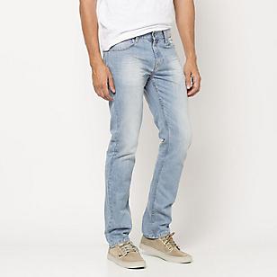 Jeans Hombre Básico Slim Fit