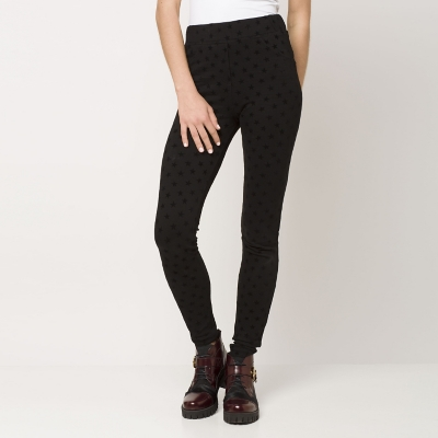 Pantalón Ajustado Diseño