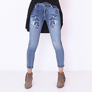 Jeans con Bordado Ajustado