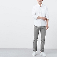 Pantalón Chino Slim Fit Garment Dyed
