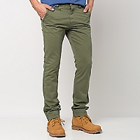 Pantal�n Chino Slim Color