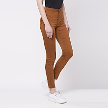 Jeans Ajustado Tiro Alto