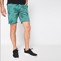 Bermuda Slim Fit Estampada