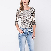 Polera Estampada Animal Print
