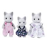 Familia de gatos grises