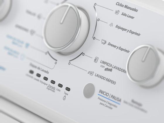 Panel con perillas para establecer los ciclos de lavado.