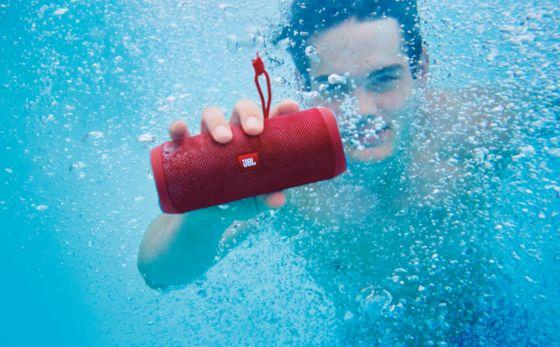 Altavoz Portatil, Altavoz Bluetooth, Altavoz a prueba de agua, Flip4, Flip 4, JBL Flip, JBL Flip 4, Parlante Portatil, Partante a prueba de agua, partante resistente al agua, Altavoz resistente al agua, Altavoz portátil, Parlante con altavoz, JBL Connect.