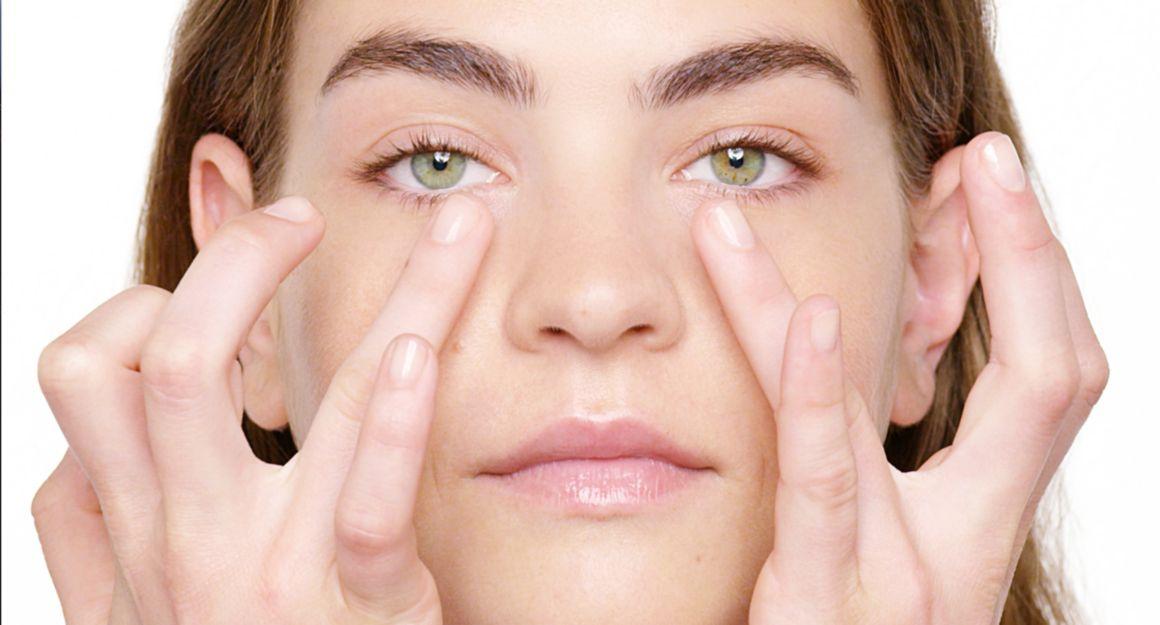 Moisture Surge 96hrs  péptidos extracto de microalgas verdes Contorno de ojos