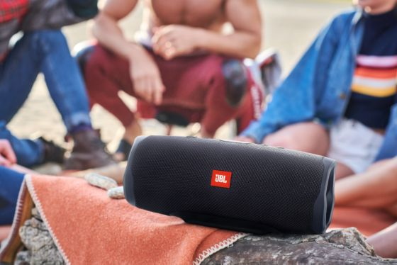 JBL charge4, charge4, parlante bluetooth, parlante sumergible, parlante inalambrico, parlante resistente al agua, jbl.