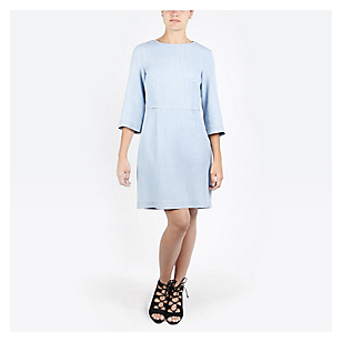 Vestido Clean Fit and Flare Dress