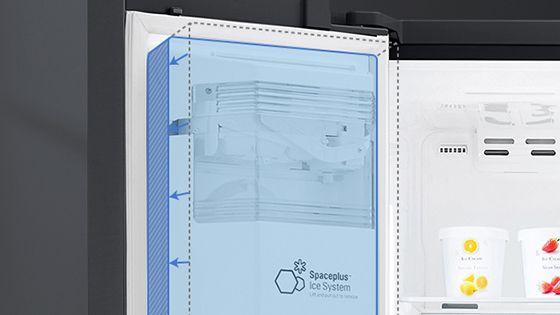 Máquina de hielo compacta en el interior de la refrigeradora