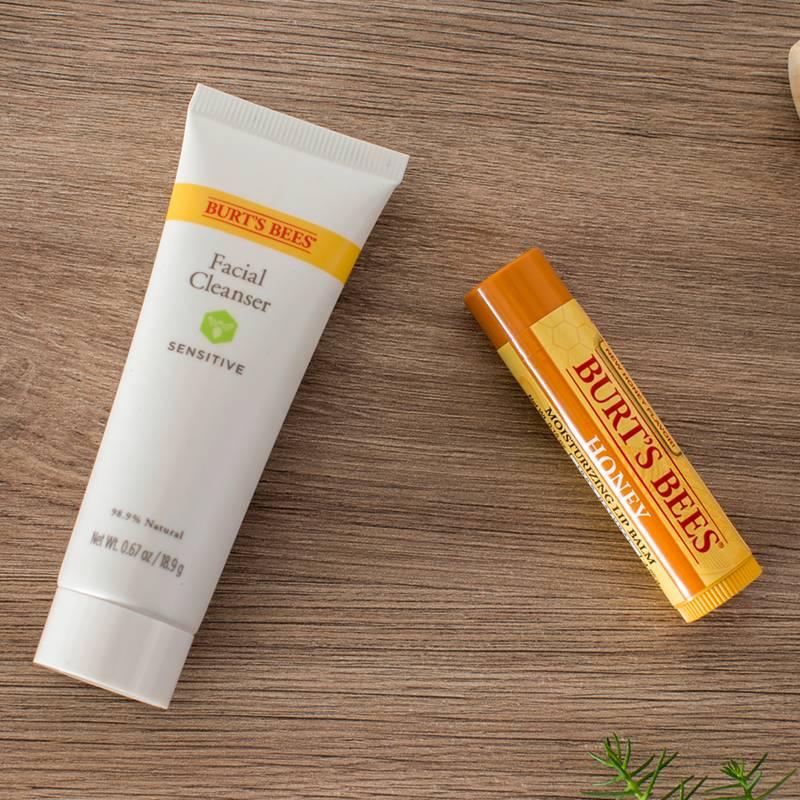 BURTS BEES - Kit Natural para Labios y Rostro Limpieza Facial