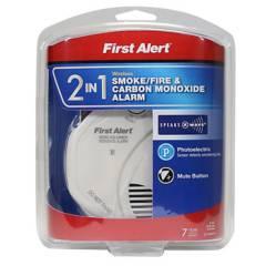 FIRST ALERT - Detector de Humo y Alarma de Monóxido de Carbón