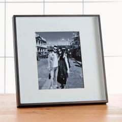 CRATE & BARREL - Marco de Foto Bronce Cepillado 20 x 25 cm