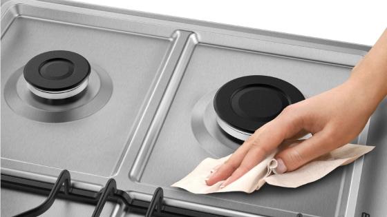 Cubierta de fácil limpieza con la cocina 56 DXQ de Fensa