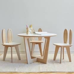 Mica - Juego de mesa Roma y 3 sillas Conejo