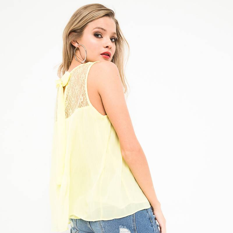 Basement - Blusa plisada