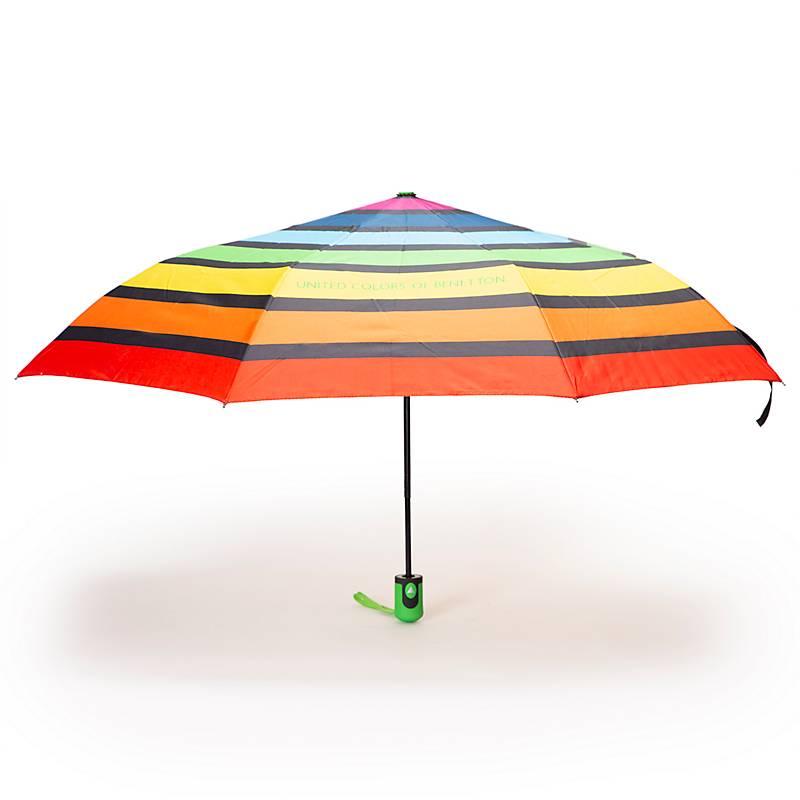 oferta gran descuento niño Paraguas estampado Benetton - Falabella.com