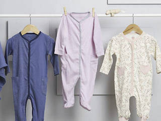 cc7d57650 El lavado de la ropa de un bebé