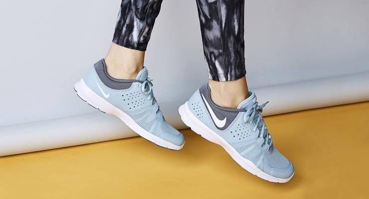 zapatillas mujer negras de vestir new balance