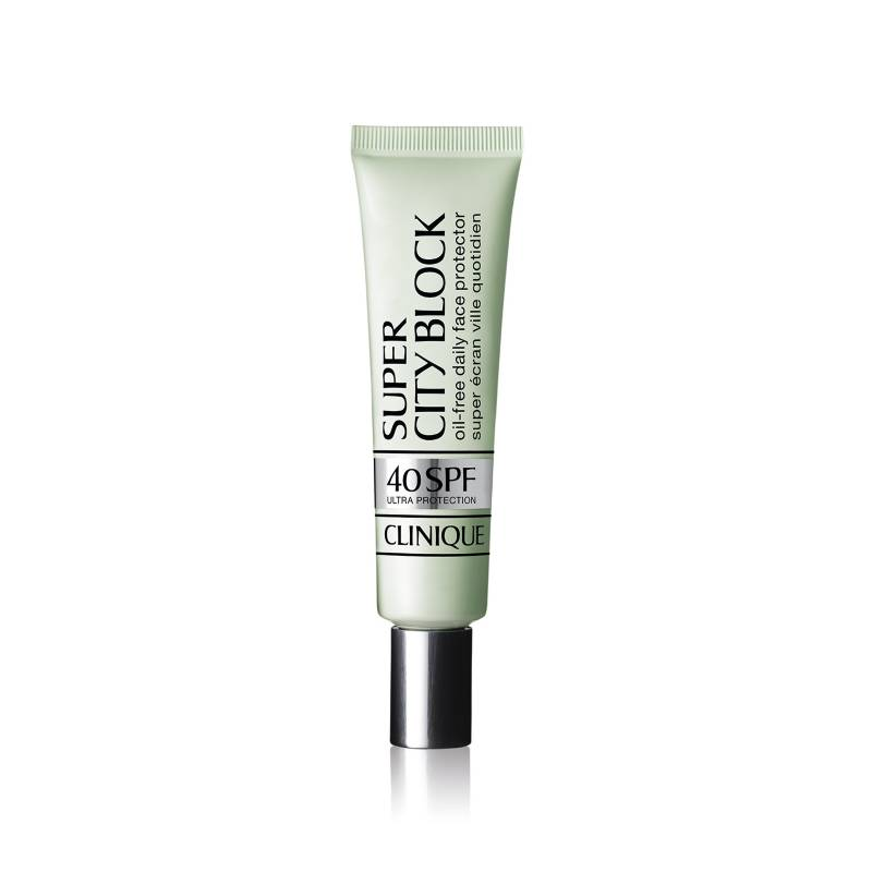 Clinique - Bloqueador Super City Block Oil-Free Daily Face Protector SPF 40