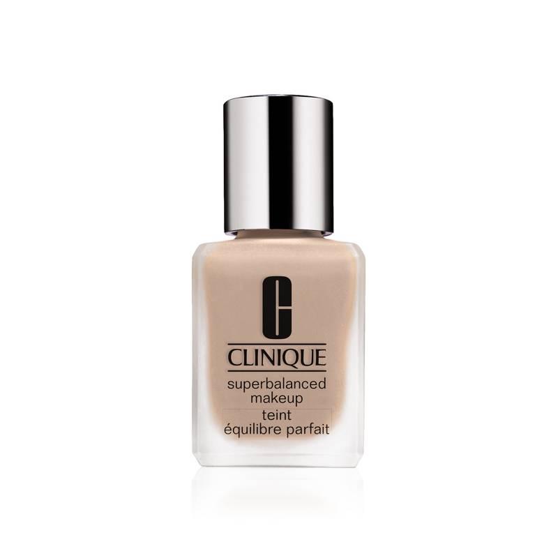 Clinique - Base Superbalanced Makeup 30 ml