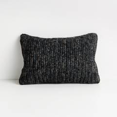 Crate & Barrel - Funda de Cojin Bilby Negro 30 x 46 cm