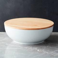 Crate & Barrel - Bowl Merge con Tapa en Madera 32 cm