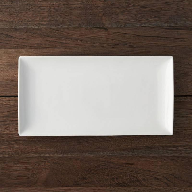 Crate & Barrel - Bandeja Rectangular Blanca