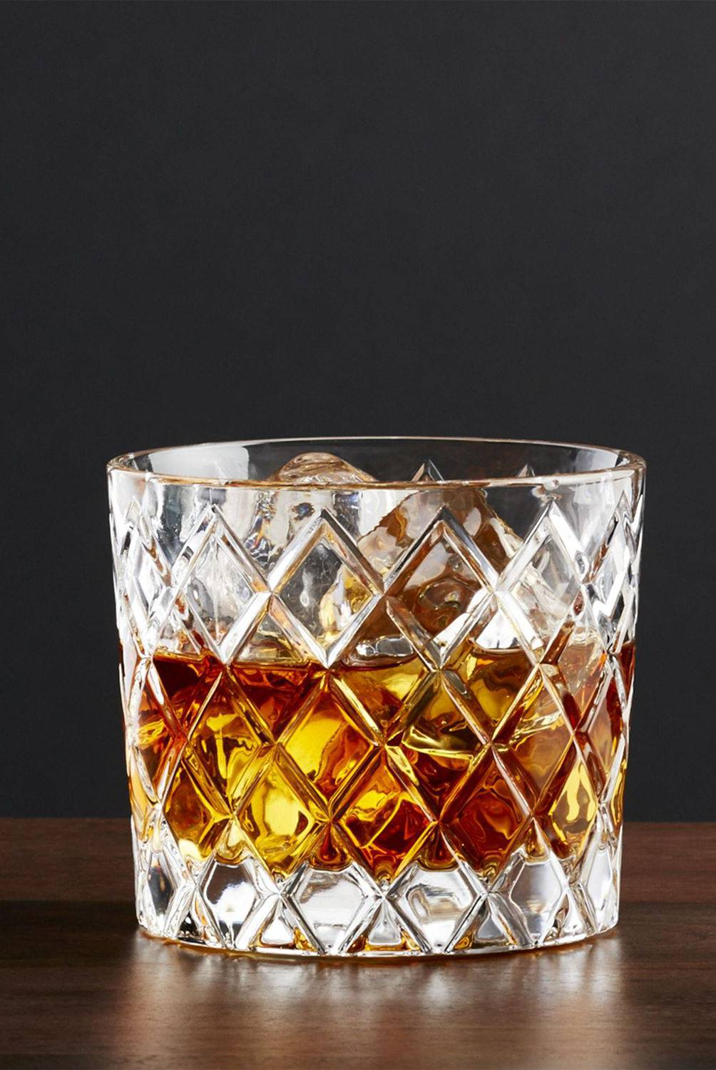 Crate & Barrel - Vaso Hatch Corto para Whisky 7.62 cm.