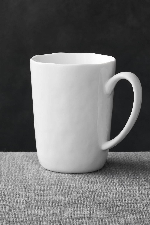 Crate & Barrel - Mug Mercer