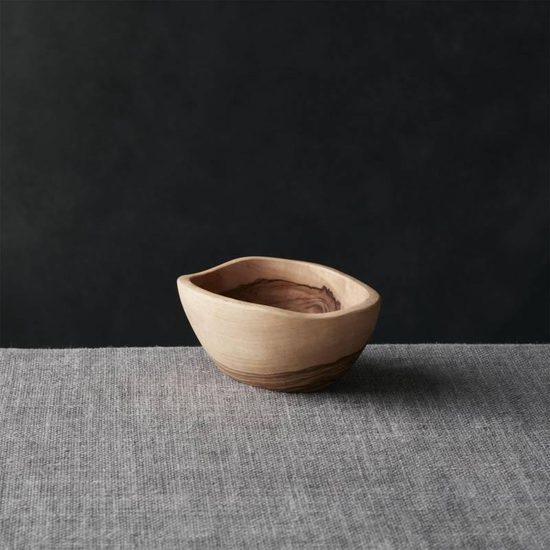 Crate & Barrel - Bowl Olivo 12 cm.