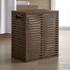 Crate & Barrel - Canasta Dixon de Bambú con Funda