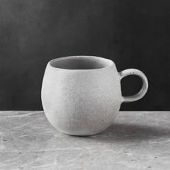 Crate & Barrel - Mug Pedra 9 cm