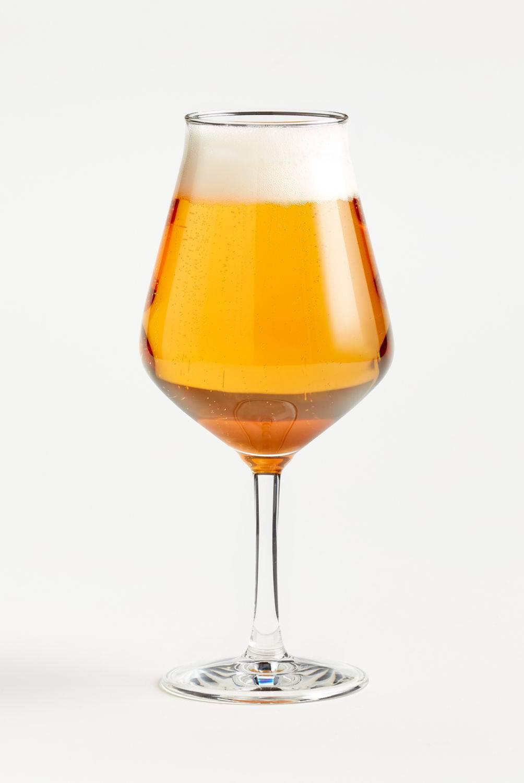 Crate & Barrel - Copa para Cerveza