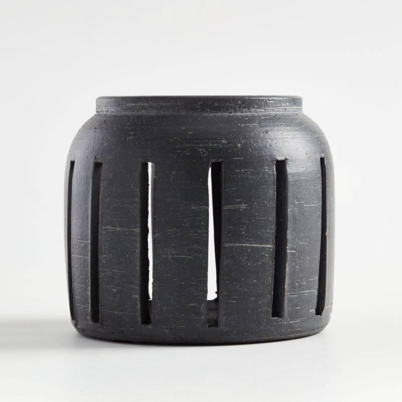 Crate & Barrel - Candelabro Porto en Cerámica 15 x 13 cm