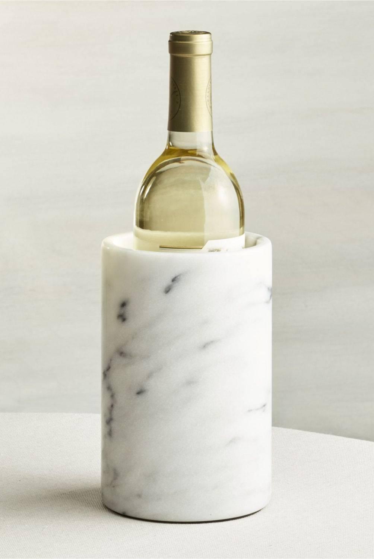 Crate & Barrel - Enfriador de Vinos de Mármol French Kitchen