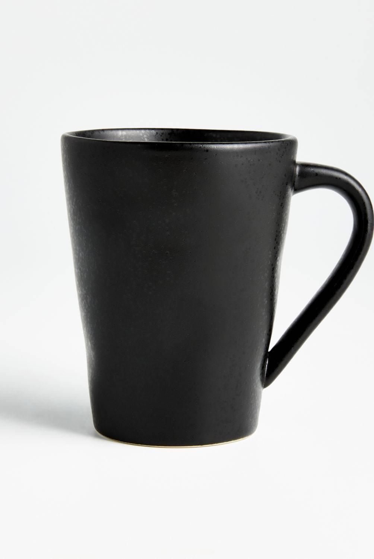 Crate & Barrel - Mug Marin Negro Mate