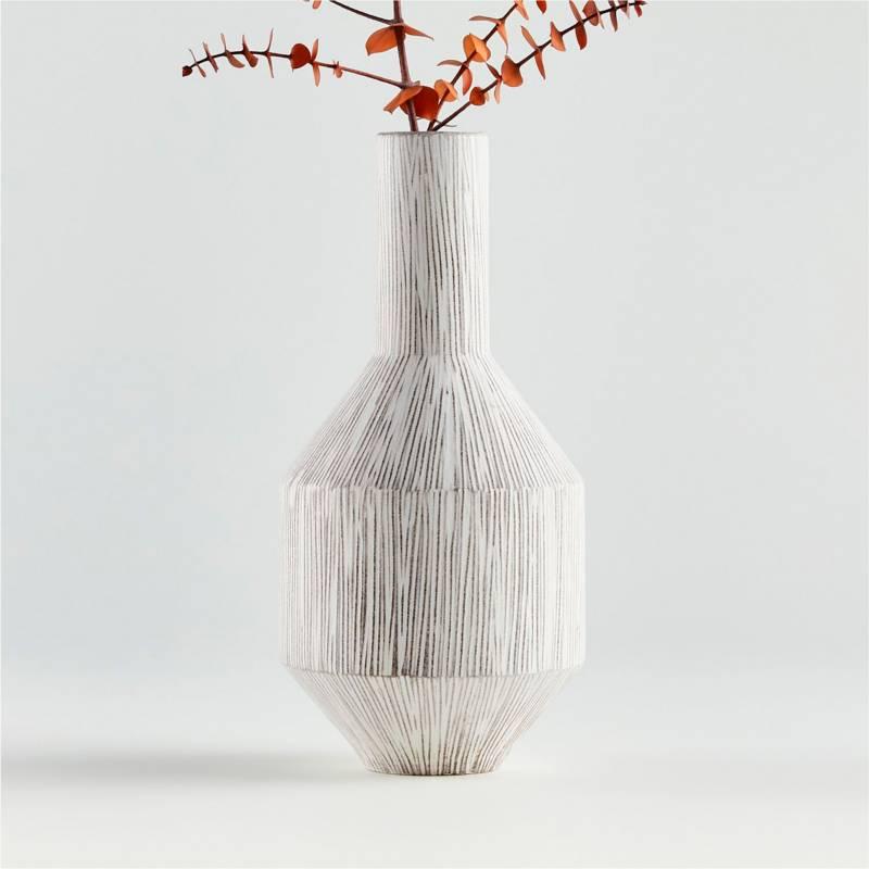 Crate & Barrel - Florero Lyman en Cerámica 28 x 13 cm