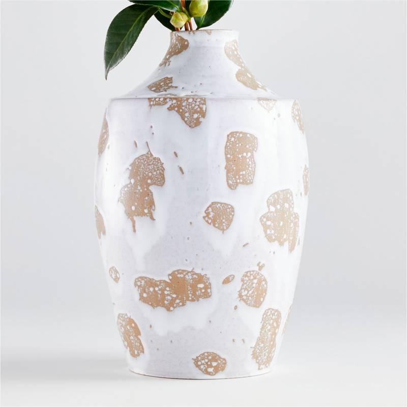 Crate & Barrel - Florero Edmer Spotted en Cerámica 34 x 21 cm