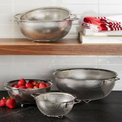 Crate & Barrel - Set de 5 Coladores de Malla
