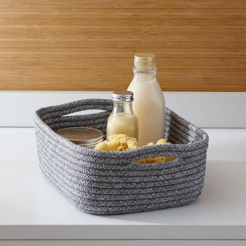 Crate & Barrel - Canasta Pequeña Lupe