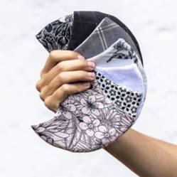 Clarissa Rosania - Set X 7 Tapabocas De Mujer Diseño Blanco & Negro