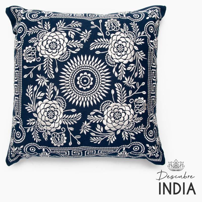 Evento textil - Funda Cojín Bordado Azulejo 3