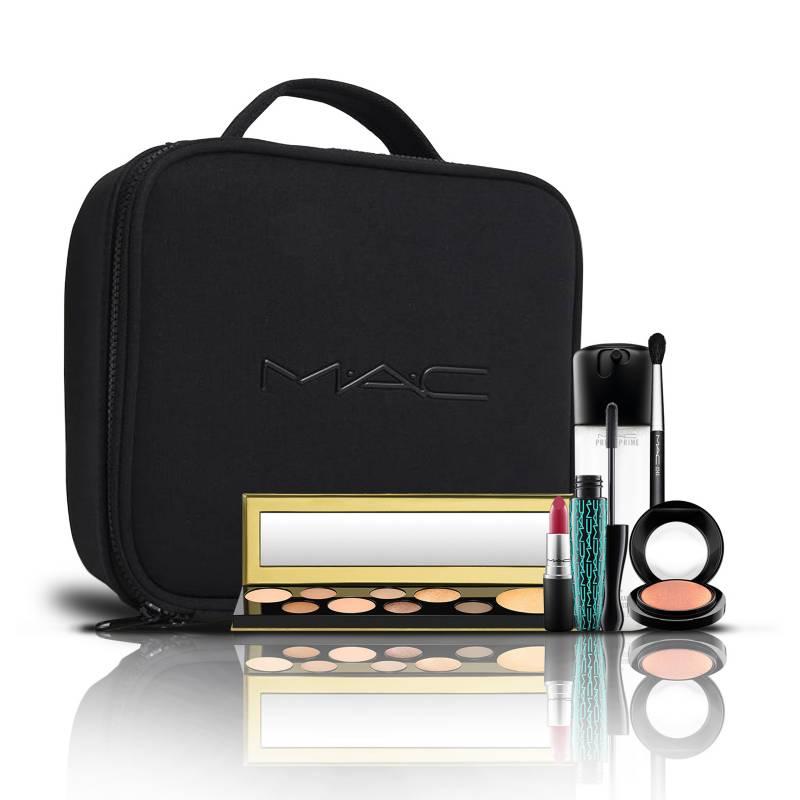 MAC Cosmetics - Blockbuster Mac Especial Navidad: Primer Fix 100 ml + Octeto Sombras Mac Power Hungry + Mascara in extreme 13,39 gr +Brocha especial Mac + Blush Mineralize 3,2 gr + Matte Lipsick D for Danger 3 gr