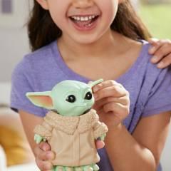 Hasbro Games - Bop It! Edición: Star Wars: The Mandalorian The Child