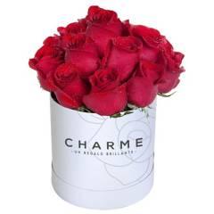 CHARME - Sombrerera de 15 rosas