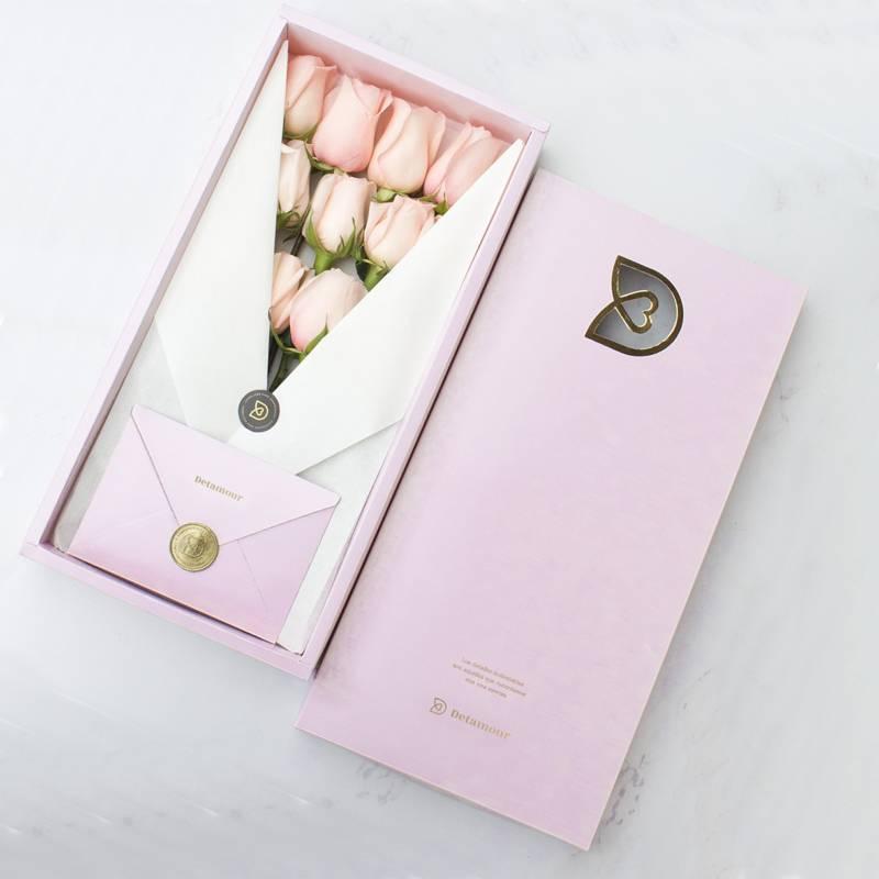 DETAMOUR - Classic Box Rosado 12 Rosas Rosadas