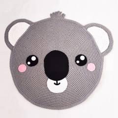 BE CRAFTY - Alfombra de Koala para Cuarto de Bebés Tejida a Mano 90cm