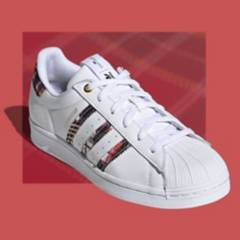 Adidas - Zapatillas Urbanas Mujer adidas Originals Superstar HER Studio